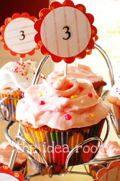 Pink-Lemonade-Cupcake theidearoom.net