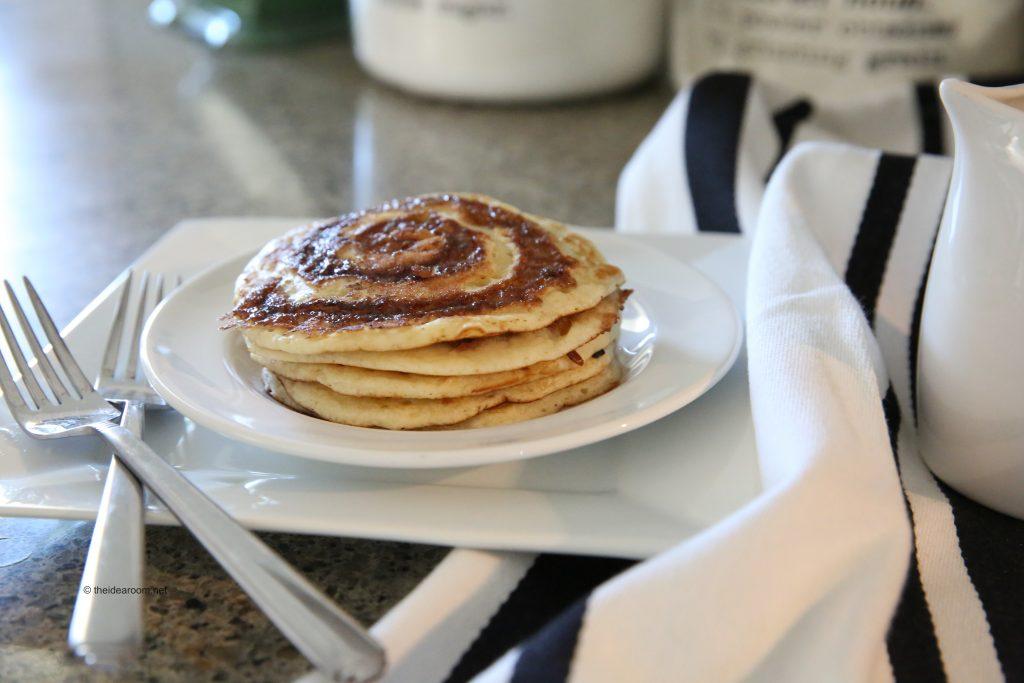 cinnamon roll pancakes recipe buttermilk syrup