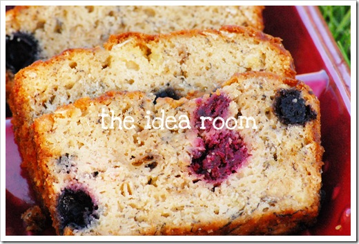 banana berry bread 1