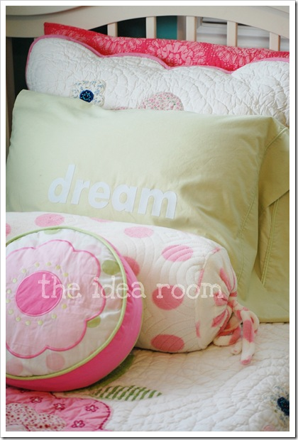 dream pillow close