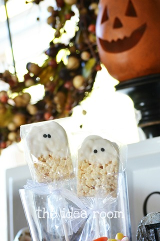 Rice Krispie Bar—Halloween Ghosts
