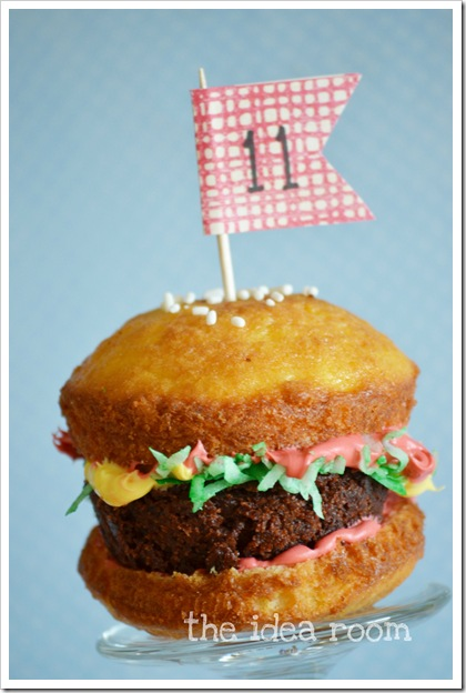 hamburger cupcake 4wm