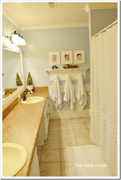 Girls-Bathroom wm