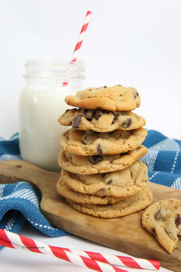 the best peanut butter chocolate chip cookie recipe