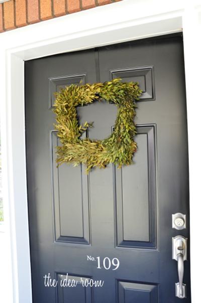 initial wreath 3