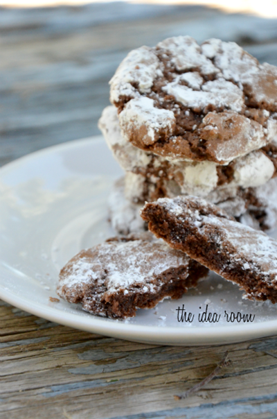 chocolate-crinkle-cookie-recipe 1