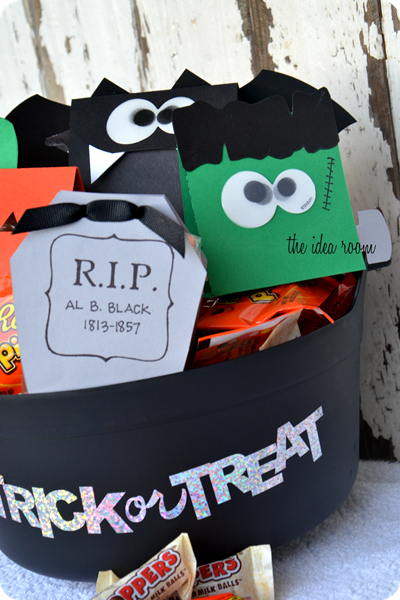 Halloween Treat Bags-17