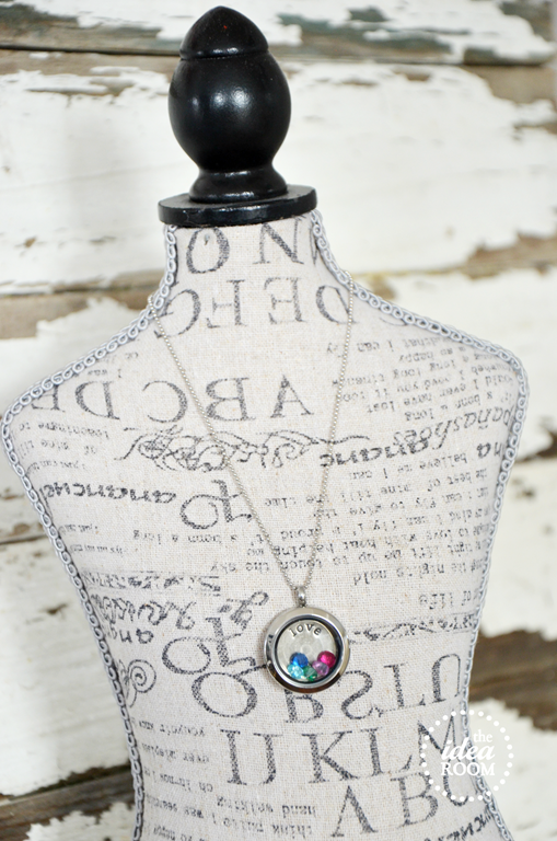 How to Build a Locket - Michelle | Origami Owl Independent Designer | 768x509