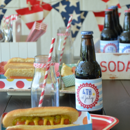Patriotic Hot Dog Trays