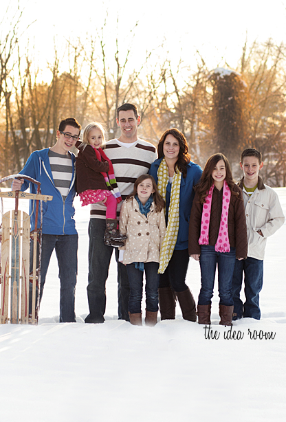 family-snow-2013-wm.png