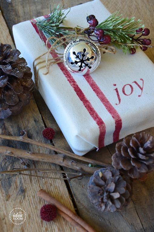 Lowes Paint App >> Creative Christmas Gift Wrap - The Idea Room