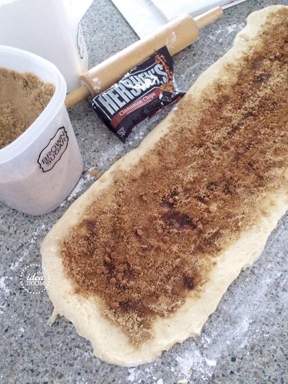 cinnamon-roll-frosting