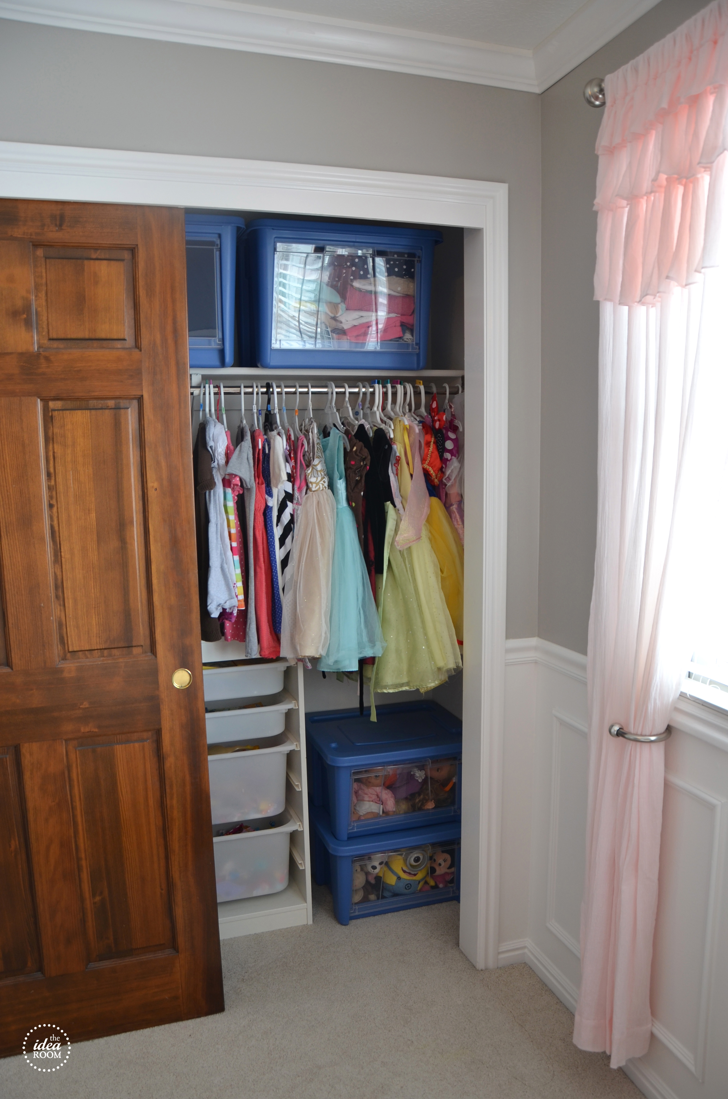 organize closets and free labels