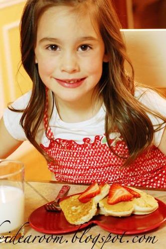 heart-shaped-pancakes.jpg