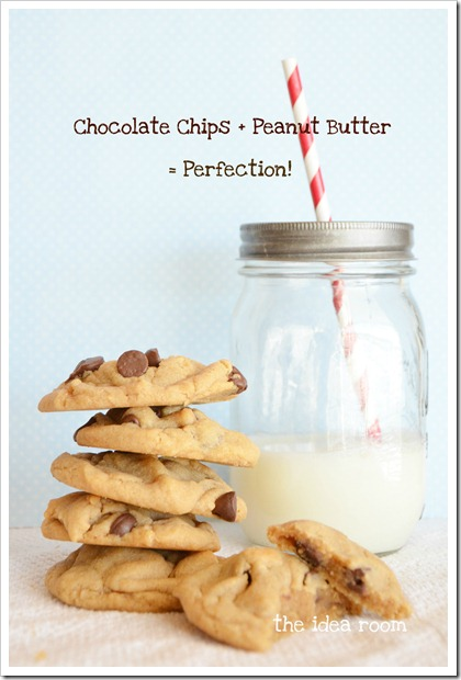 peanut-butter-chocolate-chip-cookie