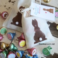 Easter Gift–Bunny Kisses