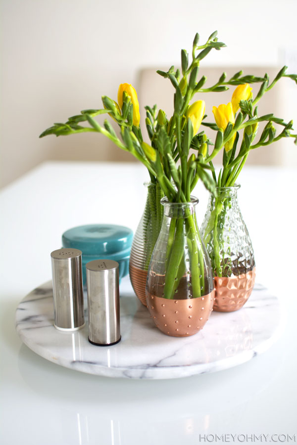 Spring-centerpiece-with-copper-and-marble