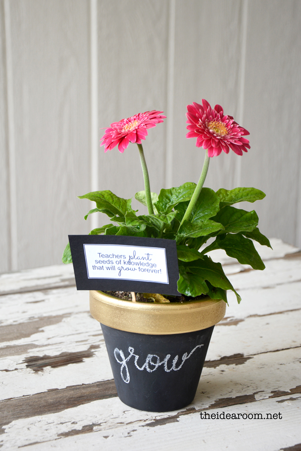 DIY Chalkboard Flower Pot Teacher Appreciation Gift Idea ...