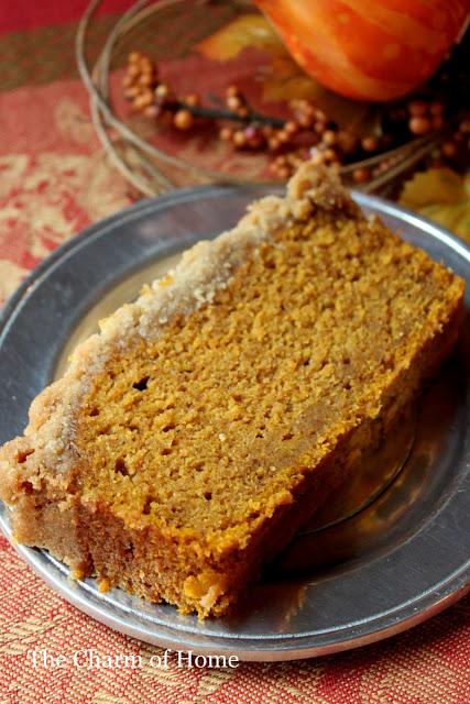 Pumpkin Bread with Struesel Topping