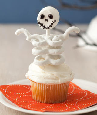 Skeleton-Cupcakes-Recipe