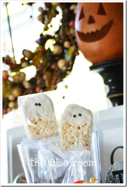 rice-krispie-bars-halloween-ghosts-2wm_thumb