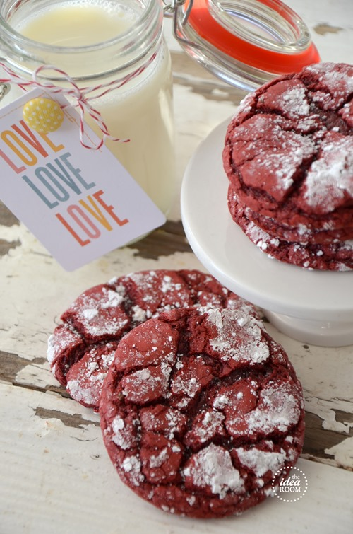 Red-Velvet-Cookies-1_thumb