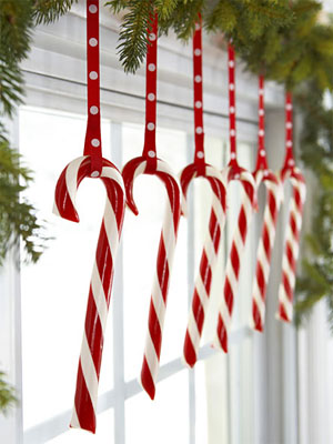 hanging-candy-canes-1210-s3-medium_new