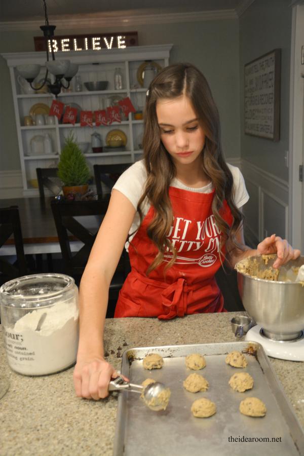 Christmas Cookies Chocolate Chip 1