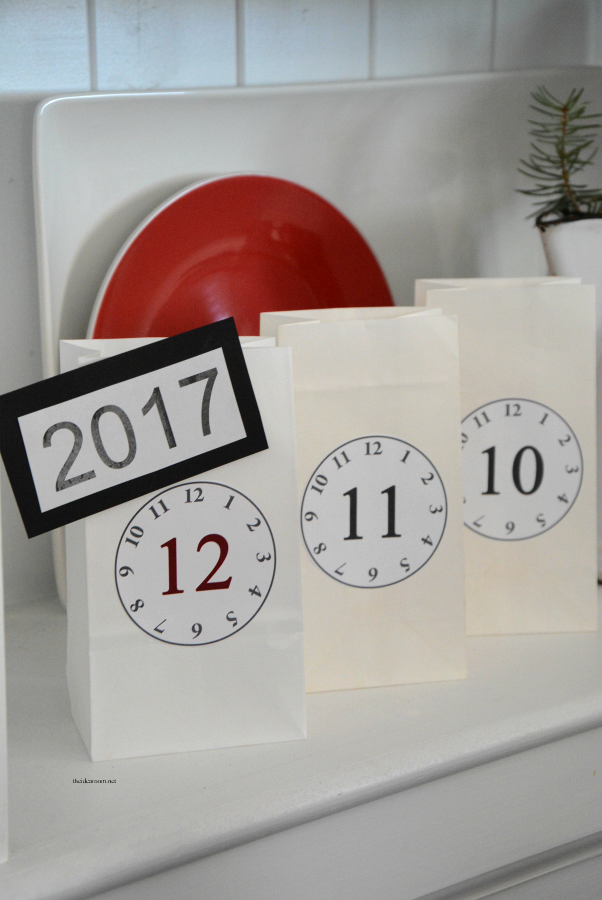 New Year's Eve Countdown Bags 2017