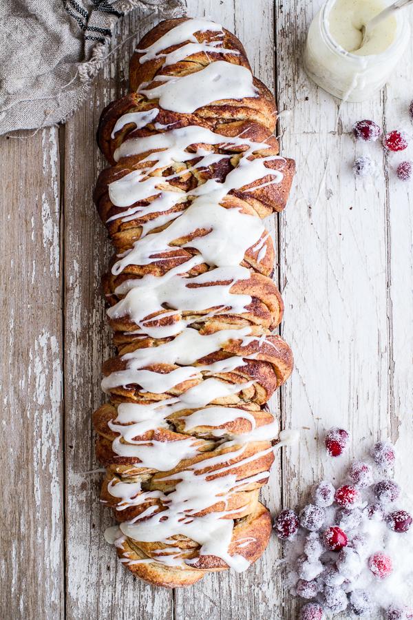 Overnight-Pull-Apart-Brioche-Cinnamon-Roll-Bread-6