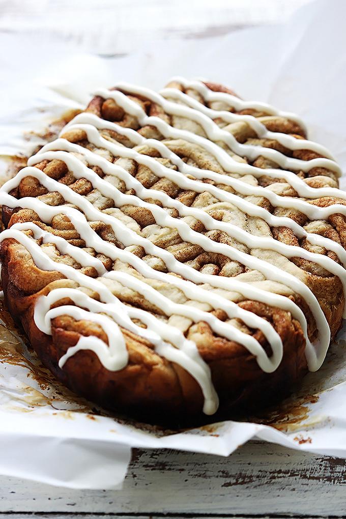 slow-cooker-cinnamon-rolls-5