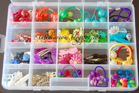 organize girl hair accessories