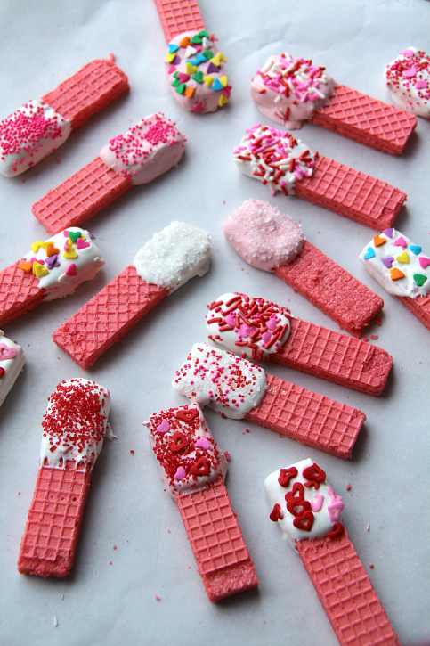Easy-Valentines-Day-Cookies-FamilyFreshMeals.com-Easy-and-YUMMY