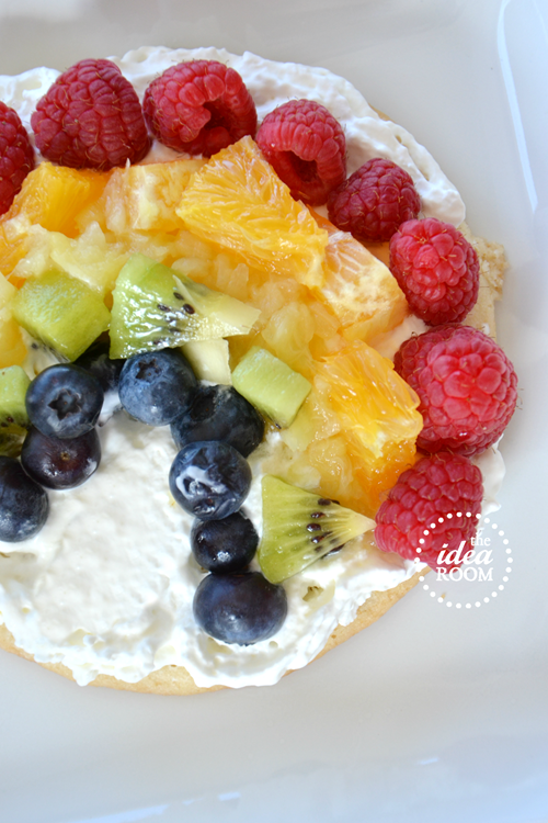 fruit-pizza-rainbow-4_thumb