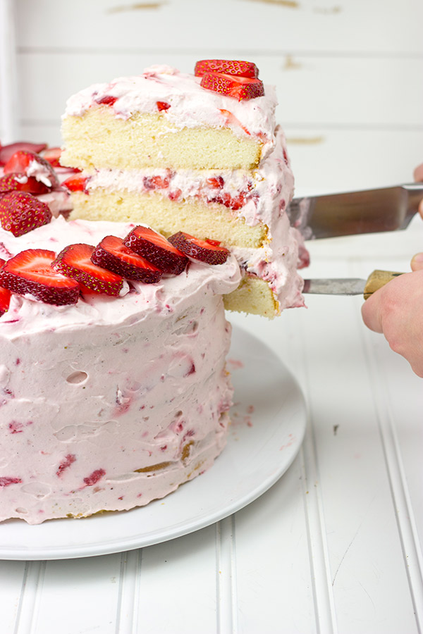 Amazing Strawberry Cake Recipe