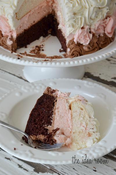 Neapolitan-Rose-Cake-1_thumb