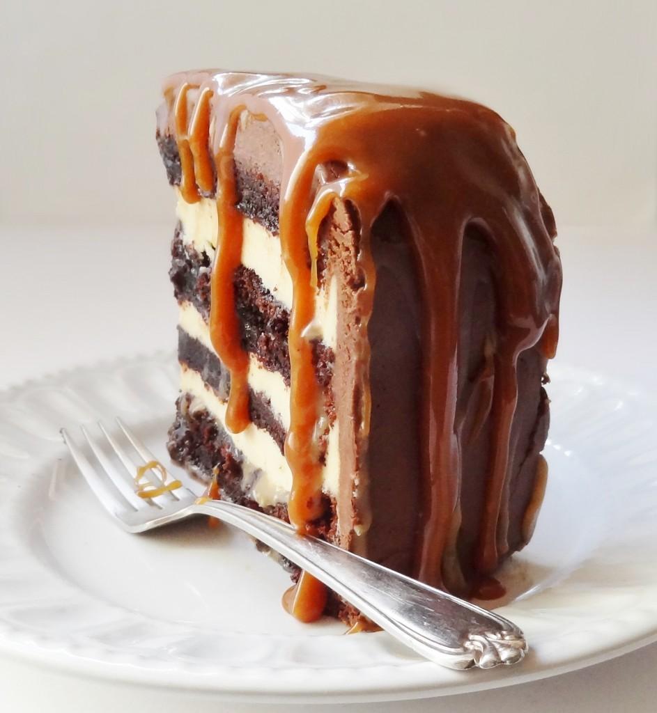 Chocolate Fudge Red Velvet Cake Recipe
