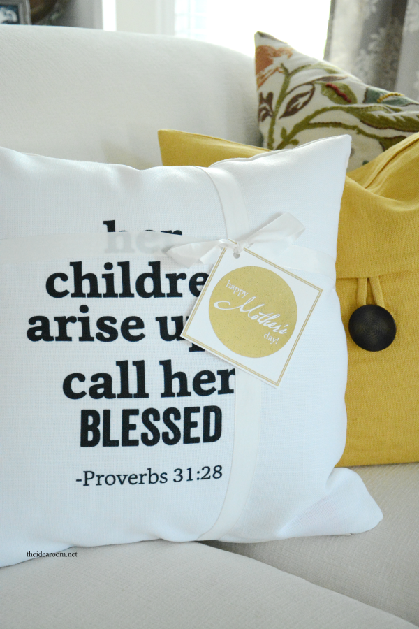 Mother's Day Pillow 5