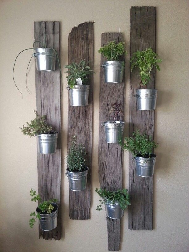 free standing herb garden from diy showoff