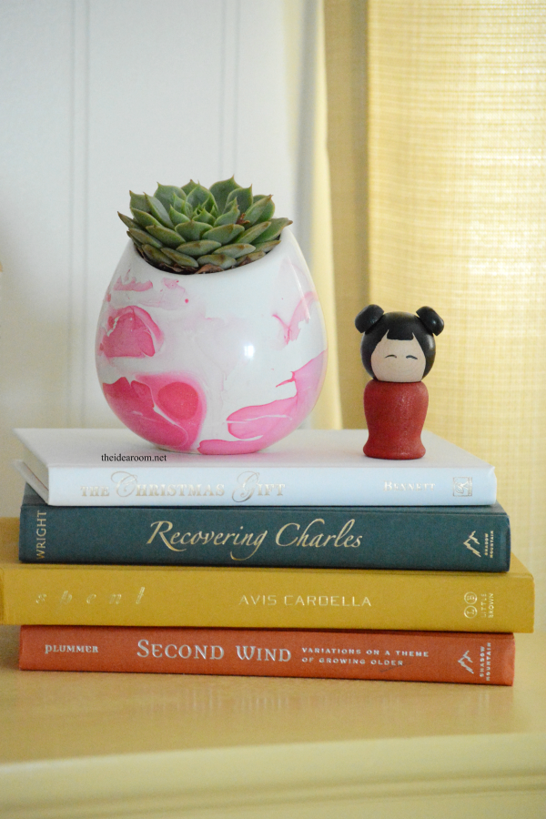DIY Marbeled Vase 4