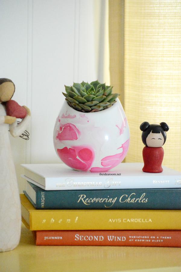 DIY Marbeled Vase 5