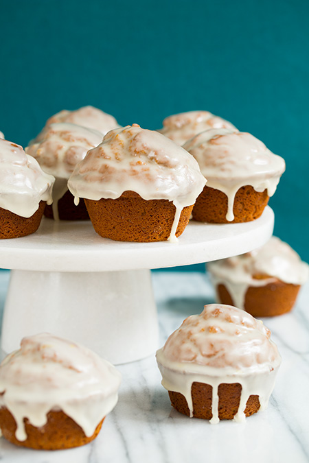 gingerbread-doughnut-muffins4+srgb.