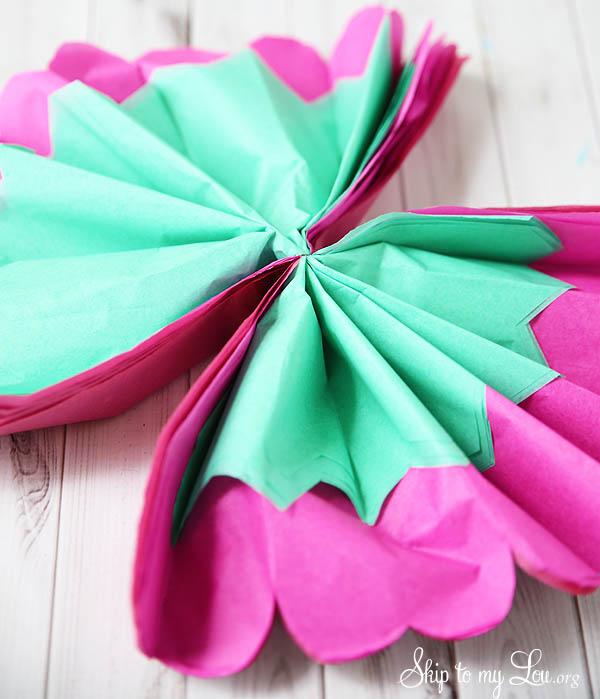 tissue-flowers-8