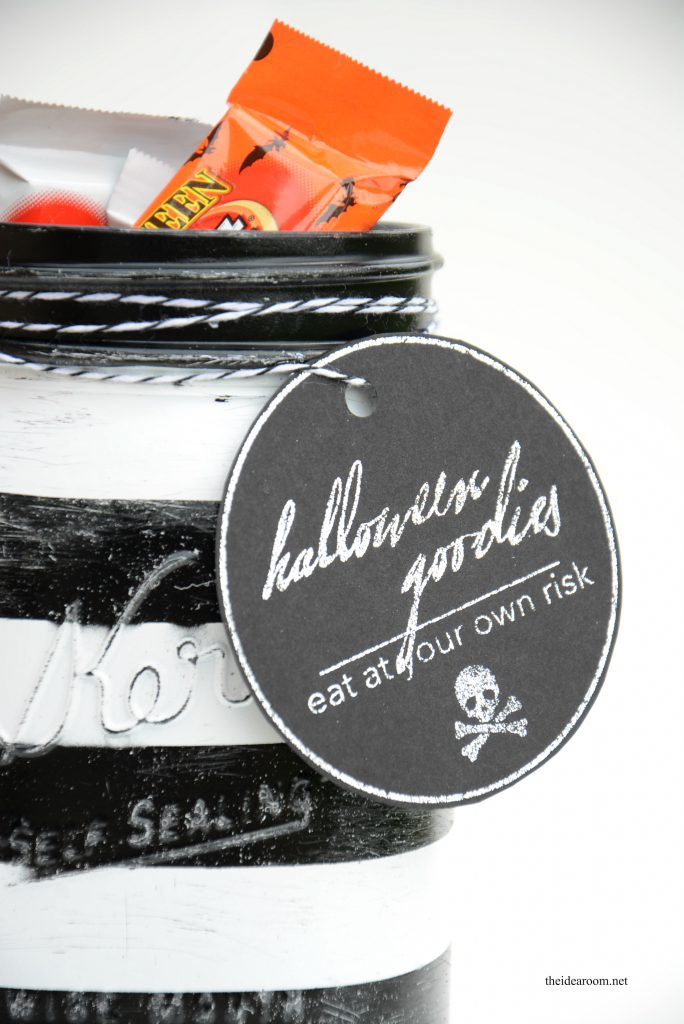 Halloween-Treat-Jars 4