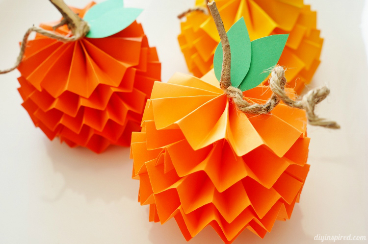 Paper-Pumpkins-How-To