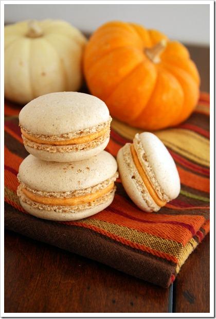 Pumpkin-Macarons3_thumb