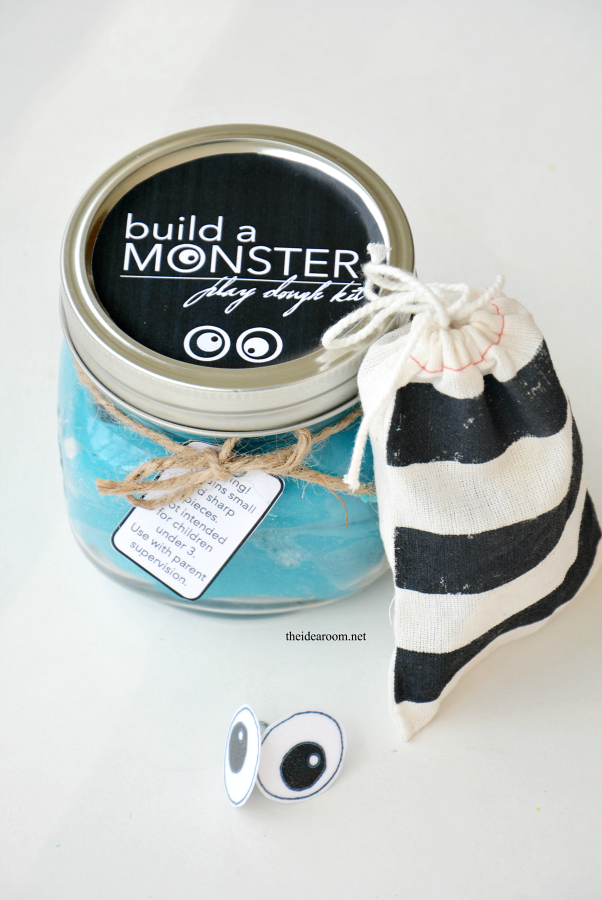 Build-a-Monster-Kit 1