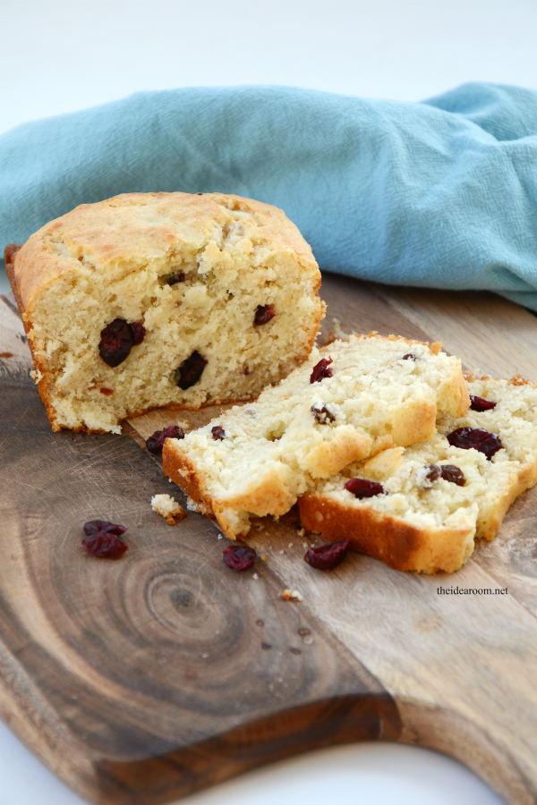 Oatmeal Cranberry Quick Bread - The Idea Room