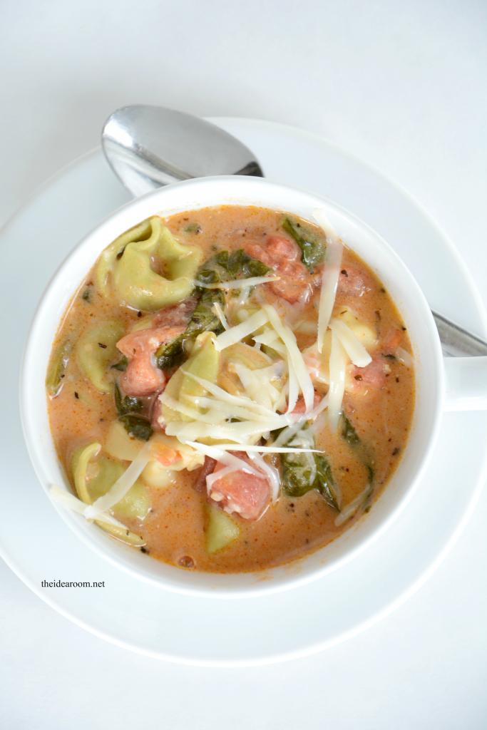 Tomato-Basil-Tortellini-Soup 4