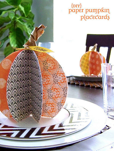 DIY-Paper-Pumpkin-Place-Cards